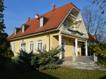family house for sale in Balatonalmádi